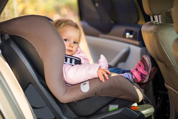 voiture sans permis et siege bebe