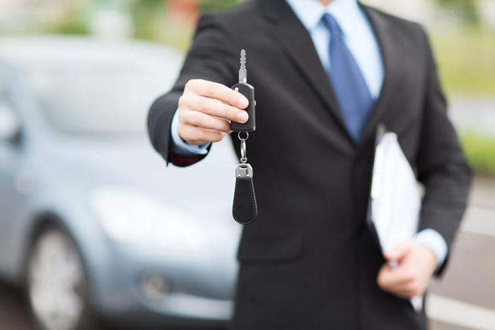 webzine louer sa voiture de replacement pour aller au travail